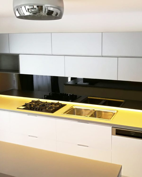 Mobilier modern - bucătărie